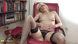 Zum Teufel mit einer sex video alte Blondine hinter der Bar, um vergeben zu werden.