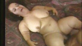 Dunkle Haut Frauen, lange Haare, reife damen porno outdoor-Student im Bad
