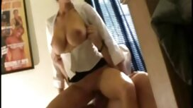 Hahal wachsen groß mit einer pussy mit alte oma sex video einem Rock