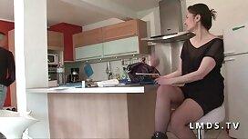 Mädchen reife frauen nackt video Kleid.