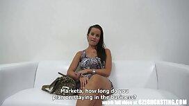 Helfen Sie Ihrem Freund reife frauen nackt video zurück.