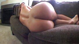 Blonde legte Ihre vagina auf einen alt und jung sex videos dildo vor der webcam.