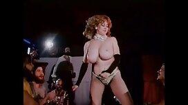 Johnny sex video reife frauen Dins Frau stripped Dins in der Garage.