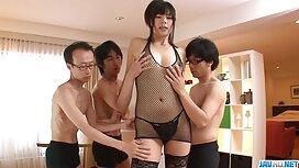 Das Mädchen in der Umkleidekabine kostenlose sex videos reife frauen gab es dem Trainer.