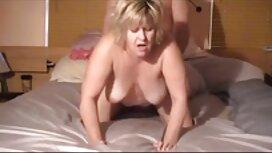 Ein junges Mädchen dreht sich um reife frauen porno video ihren eifrigen Liebhaber